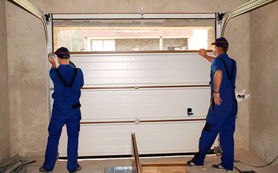 3 Reasons Why You Should Avoid The DIY Garage Door Repair