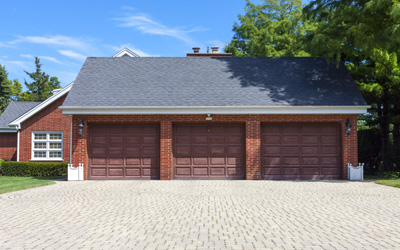 5 Smart Tips Can Extend Your Garage Door Life